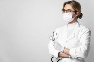 lékařka rouška
