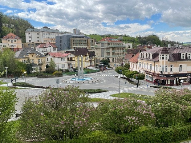 Luhačovice pohled na město