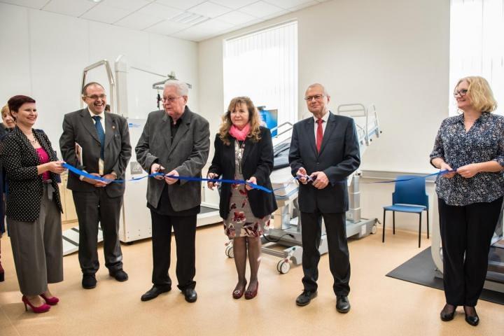 Slavnostní otevření laboratoře robotické rehabilitace FBMI ČVUT Kladno 10_12_2019